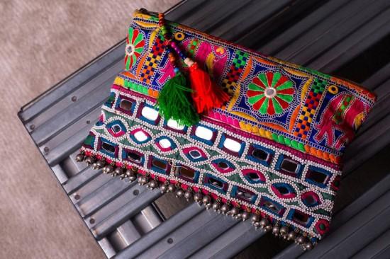 Olha uma das carteiras da Eclectnica (R$ 389,90). Clica aqui e veja mais!