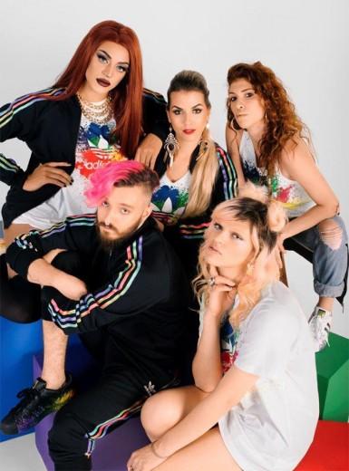 Pra divulgar a coleção, a Adidas chamou Lily Scott, Renata Magueta, a drag queen Pabllo Vittar e os stylists Alice e Nilo Caprioli. A ideia é mostrar o estilo e a originalidade de cada um deles - clica na foto pra ver mais!