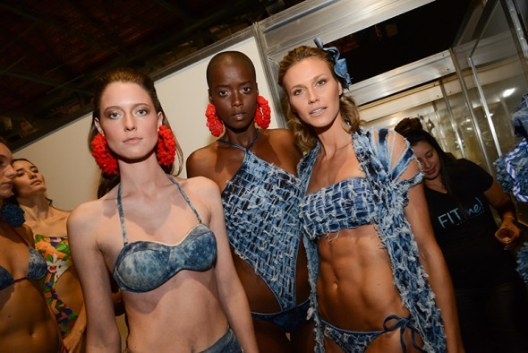 200616-beleza-desfile-blue-man-3