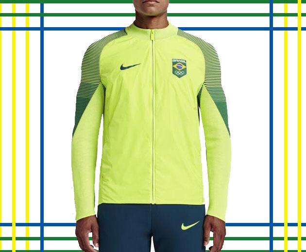 29016fbac7 ... 405473d6d68 seleção brasileira futebol olimpíadas 2016. Carregando  zoom. E a jaqueta que os atletas  6c273455b6d Jaqueta Nike Brasil ...