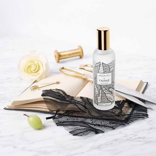 Olha a embalagem da Beauty Elixir criada em parceria com Jason Wu! Clica pra ver mais!