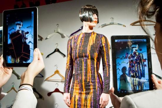 A moda já experimentou com a tecnologia da realidade aumentada, vem ver  que foi feito!