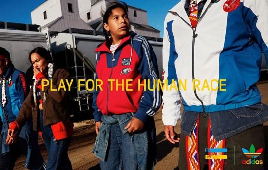 Nova coleção do Pharrell Williams com a Adidas Originals - na imagem, jaquetas por R$ 499,99 cada. Clica na foto pra ver mais!