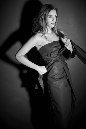 Esse vestido é criação da Valeria Mansur, uma das candidatas! Clica pra ver mais ;)