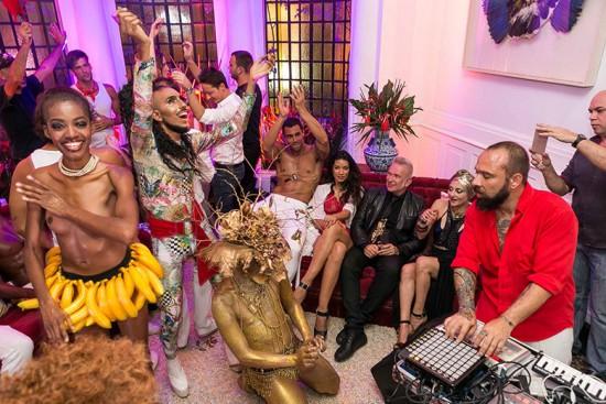 Festão, hein? Vem ver mais do rega-bofe de Jean Paul Gaultier no Rio!