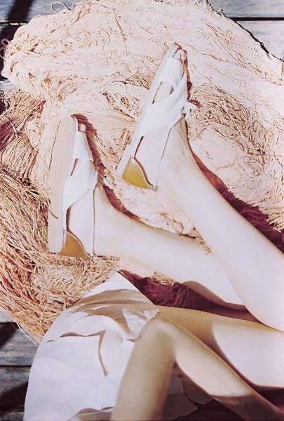 081116-flavia-aranha-insecta-shoes-3