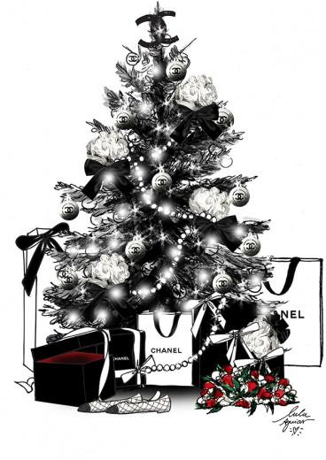 Olha a árvore de Natal da Chanel, com muitas camélias brancas e pérolas, dois dos símbolos maiores da maison! Quem quer esse monte de presente no dia 25? A gente se candidata! Clica pra ver mais!