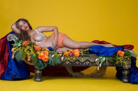 Clica pra ver a barriguinha de grávida da Beyoncé em fotos lindas!