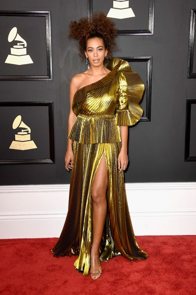 120217-grammy-solange-knowles