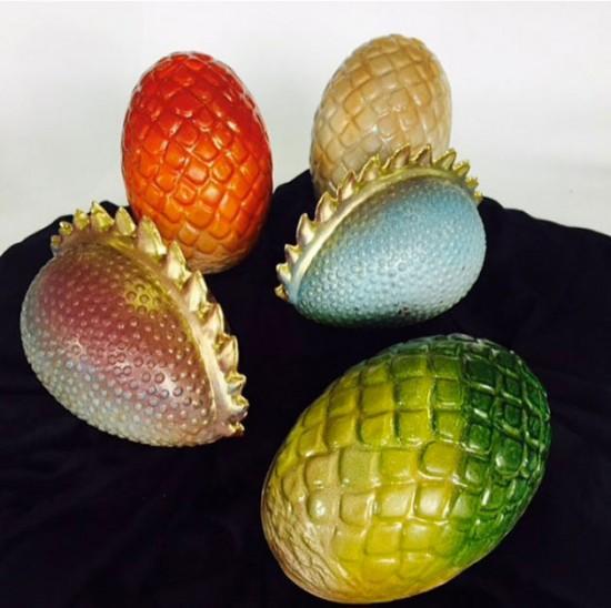 """Que tal ovos de dragão pra essa Páscoa? Os fãs de """"Game of Thrones"""" vão amar! Clica pra ver mais"""