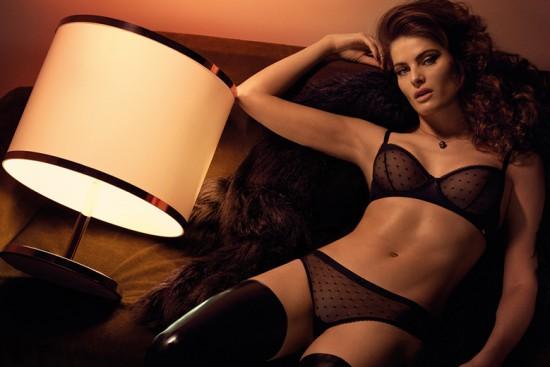 2a1aeec56 Isabeli Fontana sensual em sua 2ª coleção pra Morena Rosa! - Lilian Pacce