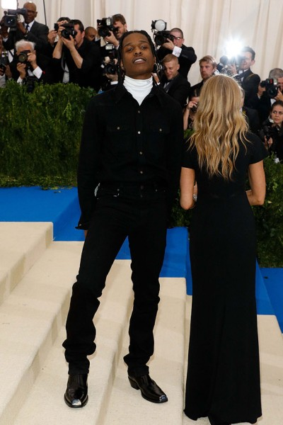 311009_700785_asap_rocky_calvin_klein_205w39nyc_met_costume_institute_gala_050117