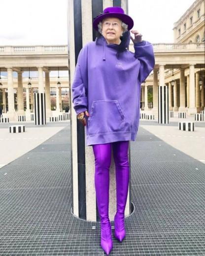 Vem ver as divertidas montagens do artista Freddie Smithson da rainha Elizabeth 2ª usando looks fashionistas - tipo esse com a bota da Balenciaga