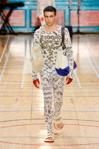Vivienne Westwood (masculino) primavera-verão 2018 - Lilian Pacce 5bebe7744a
