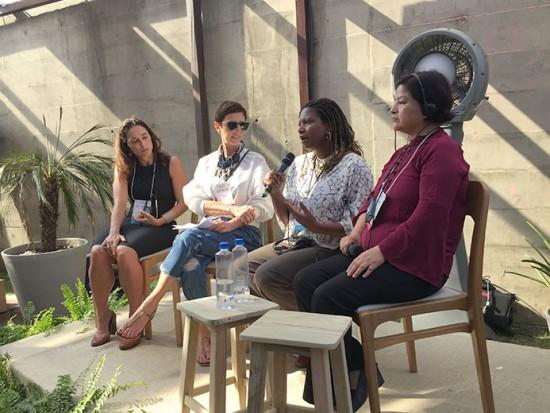 Da esq. pra dir.: Rachel Schettino da Rede Asta, Lilian, Ana Carolina Querino da ONU Mulheres e Soledad Requena de Spyer do Cami (Centro de Apoio Pastoral do Imigrante)