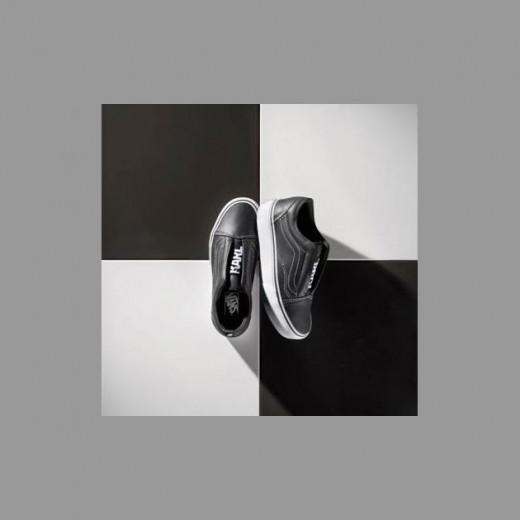 Vem ver mais da coleção da Vans com o Karl Lagerfeld - clica na foto!