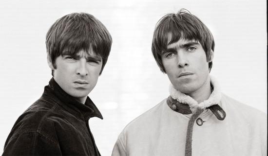 Os irmãos Gallagher no ar - Noel em SP e Liam com músicas novas! Vem mergulhar no estilo Oasis