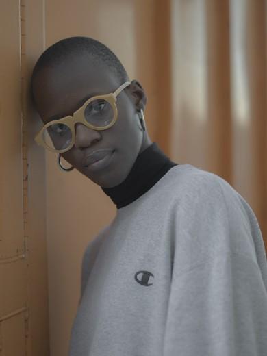 843f7dee5aa75 Óculos que se decompõe em 90 dias! - Lilian Pacce