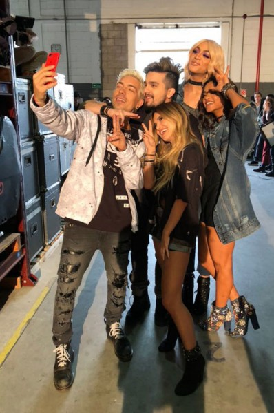 281117-coca-cola-selfie