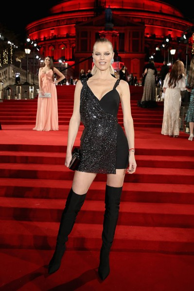 051217-fashionawards-evaherzigova