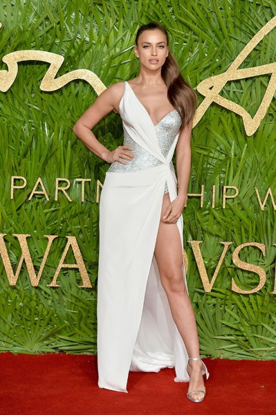 051217-fashionawards-irina