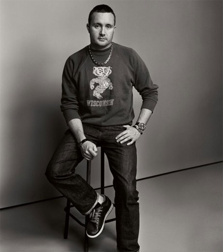 O estilista Kim Jones vai sair da Louis Vuitton depois do desfile dessa semana