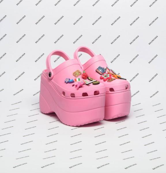 030218-crocs-balenciaga-01