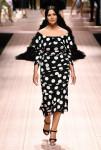 Bruna Marquezine e Marina Ruy Barbosa pra Dolce   Gabbana - Lilian Pacce 5fb8635d68a