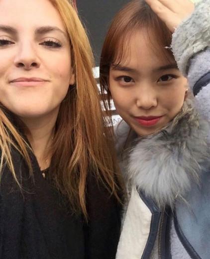 Renata com Minji Kim - vem ver a rotina de beleza coreana com produtos veganos na galeria!
