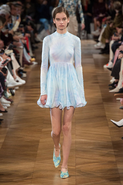 011018-stella-mccartney-desfile03