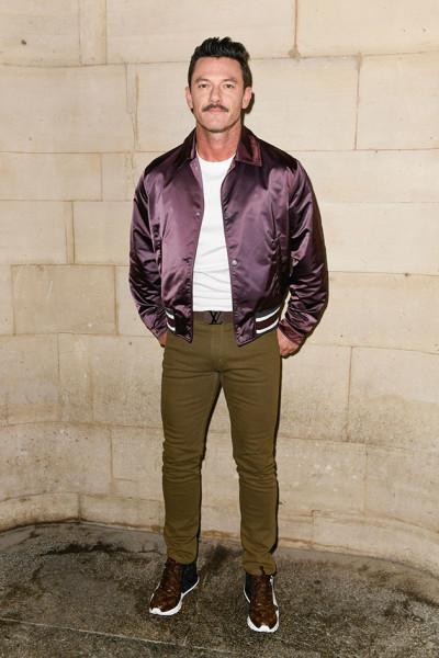 041018-fila-a-luke-evans-louis-vuitton01