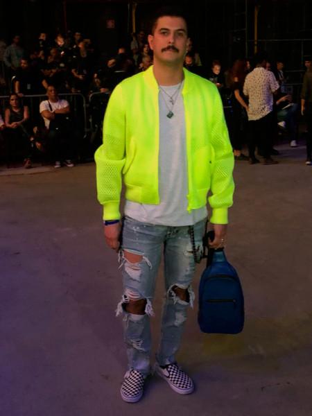 301018-neon-071