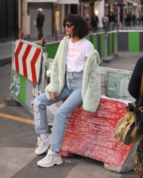 031018-bruna-marquezine-arrasa-na-temporada-de-moda-internacional-03