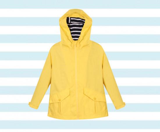 """Pra deixar a criançada mais fashion, esse corta-vento da <a href=https://rstyle.me/n/c9s3accdd8x target=""""_blank""""> Renner por R$ 199,90 - compre aqui! </a> Confira mais modelos na galeria!"""