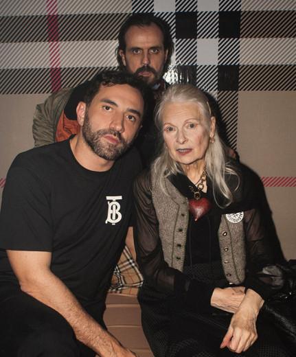 Riccardo Tisci, estilista da Burberry, com Andreas Kronthaler e a mulher Vivienne Westwood - vem ver mais!