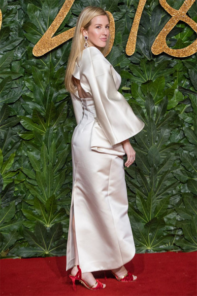 111218-fashion-awards-ellie-goulding