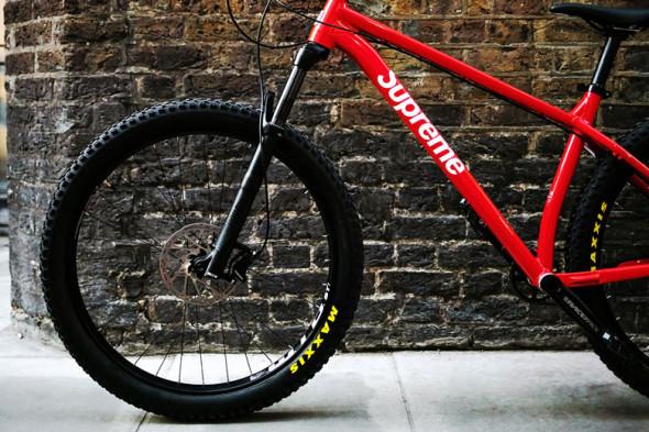 131218-supreme-santa-cruz-mountain-bike3