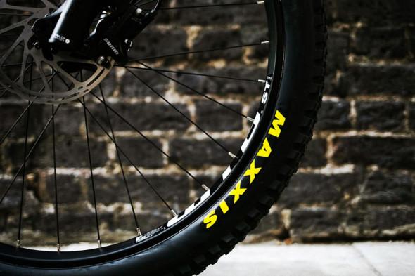 131218-supreme-santa-cruz-mountain-bike5