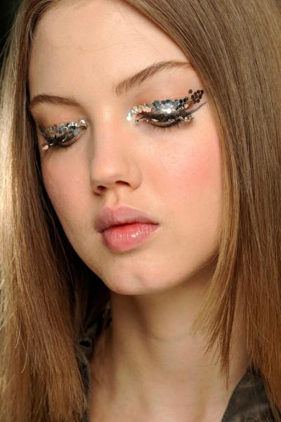 141218-makes-para-reveillon-glitter10