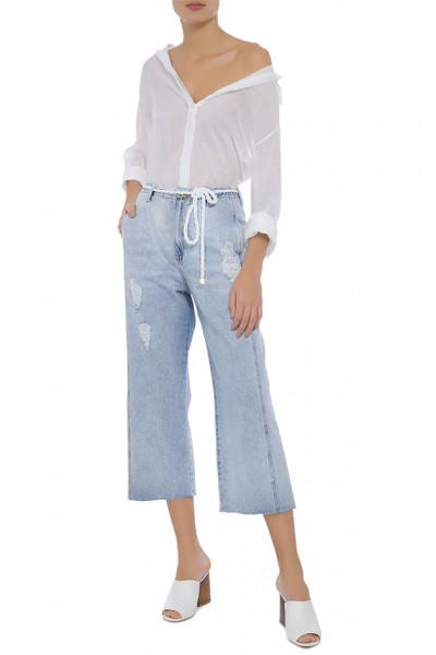 191218-jeans-shoulder