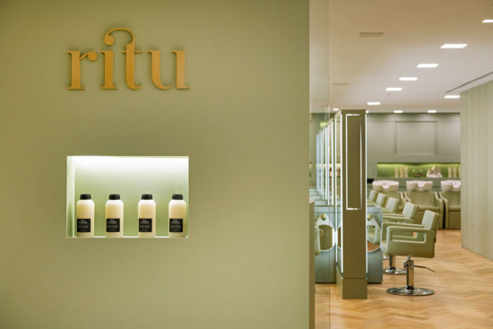 O novo espaço de beleza do grupo Studio W chama Ritu. Ele traz rituais de beleza a base de produtos naturais, orgânicos e sustentáveis. Vem saber mais!