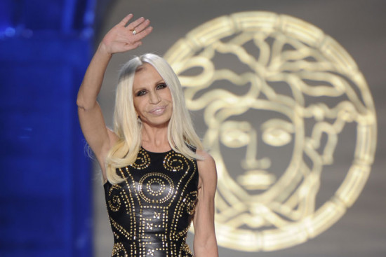 Adeus, Versace e Ralph Lauren! As marcas fecharam suas últimas lojas no Brasil no final do ano passado encerrando definitivamente suas operações no país!