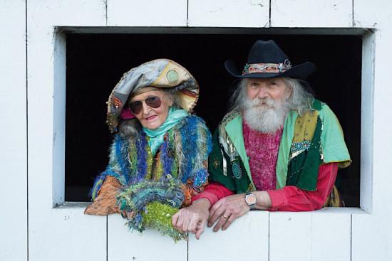 """Ginny e Mort inspiraram o livro """"Advanced Love"""" - clica na foto pra ver mais!"""