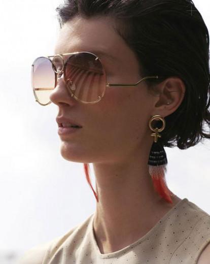 Novo modelo de óculos da Chloé é prático, vem saber!