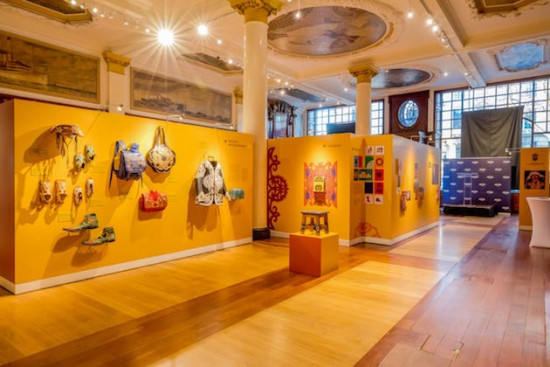 A arte cearense foi parar em Londres! Vem ver um pouco da expô do mestre artesão Espedito Seleiro que rola na embaixada brasileira em Londres
