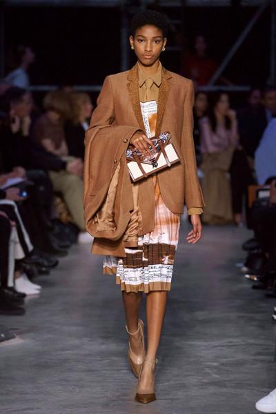 200219-desfile-burberry-61