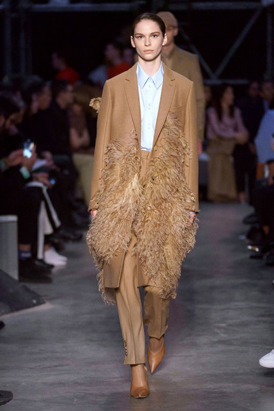 200219-desfile-burberry-96