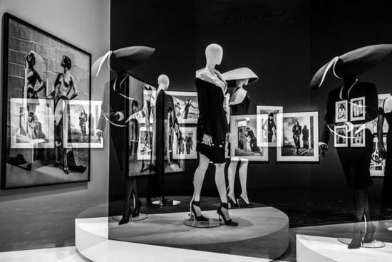 """A exposição """"Thierry Mugler: Couturissime"""" é uma retrospectiva da carreira do estilista e um sonho pra quem é fã - clica na foto pra ver mais!"""