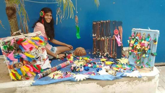 Thalita Farias vendia artesanato na praia e hoje é modelo - vem saber mais!
