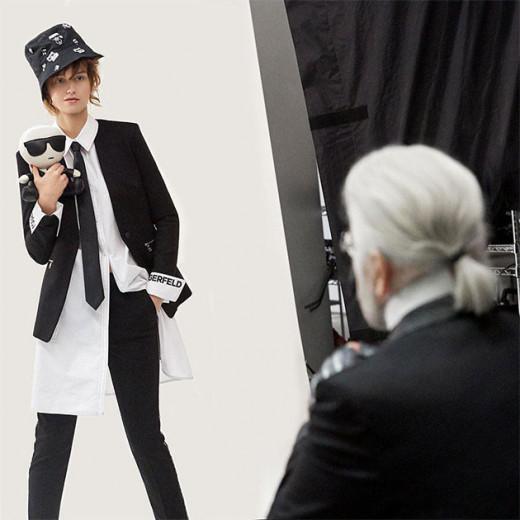 Karl fazendo os últimos cliques da campanha da marca Karl Lagerfeld - vem ver mais